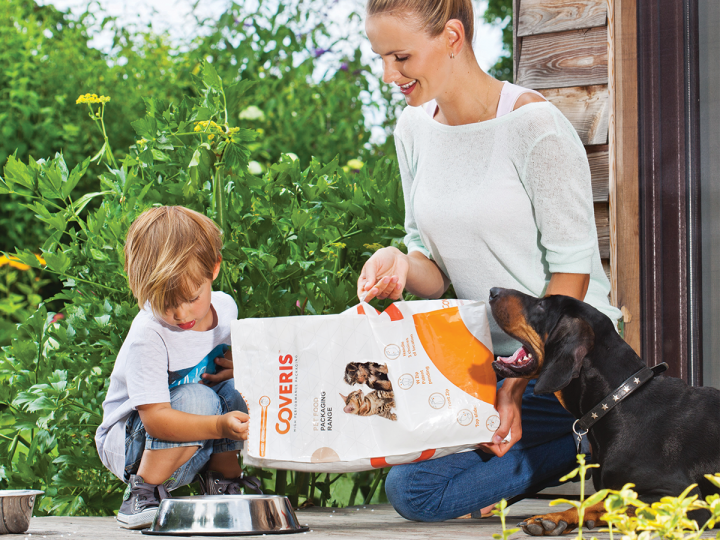 Coveris Boosts its Presence in the Pet Food Packaging Sector